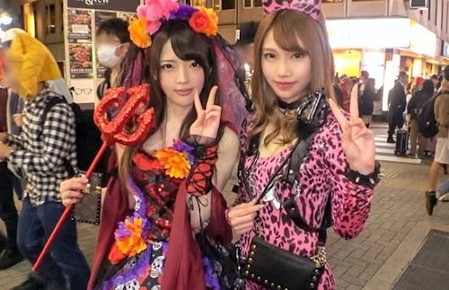 渋谷ハロウィン当日!大騒ぎ!逮捕者続出のさなか、仮装ナンパ師突入!ピンク女豹の巨乳ギャル&小悪魔セクシーな美女2人組にワンチャン狙いでグイグイ声掛けー!暴徒と化したパリピたちを横目に、ホテルで4P乱痴気騒ぎ!! 3