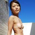 小ぶりなかわいいおっぱいのギャル系素人美女のセックス画像