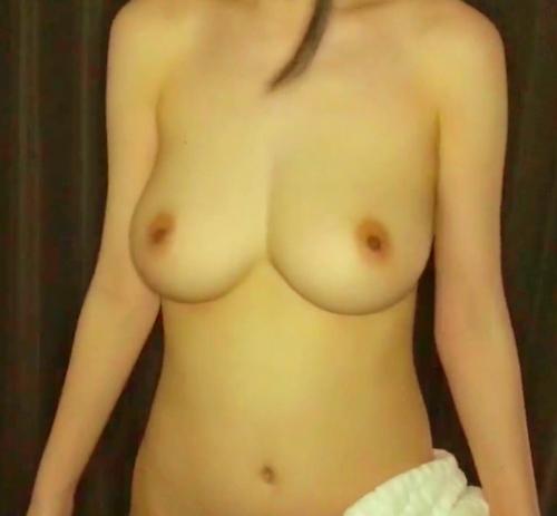 モデルをやってる巨乳美人女子大生のプライベートヌード流出画像2 4
