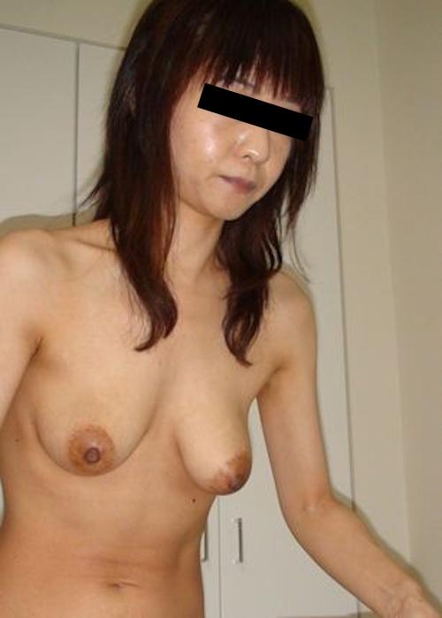 素人美熟女のプライベートヌード画像 2