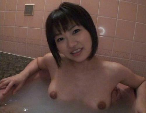 素人美女の入浴ヌード画像 1