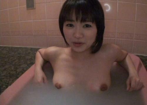 素人美女の入浴ヌード画像 2