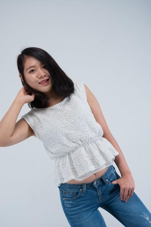 韓国美女モデルのマ○コくぱぁ画像 1