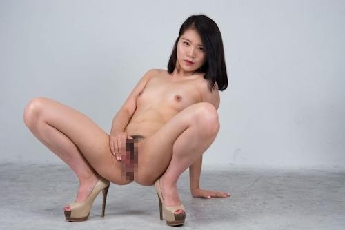 韓国美女モデルのマ○コくぱぁ画像 7