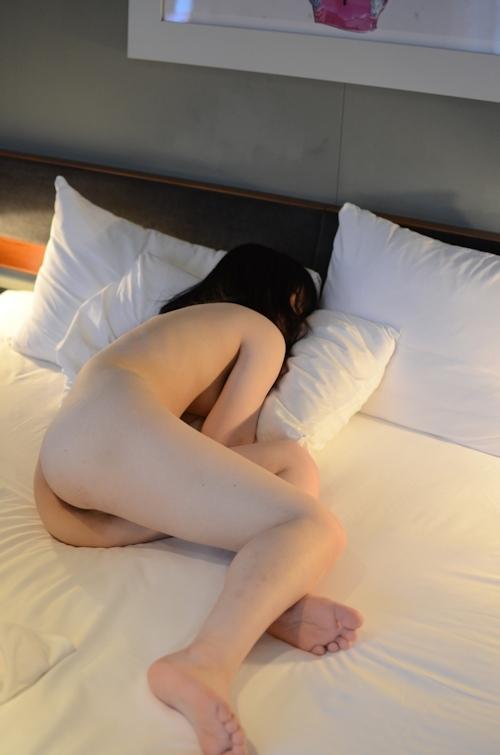 ロリ系素人美少女のヌード画像 10
