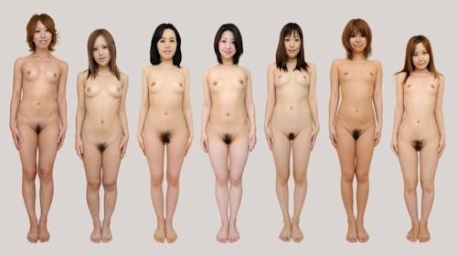 日本人女性が全裸で並んでいるヌード画像 2