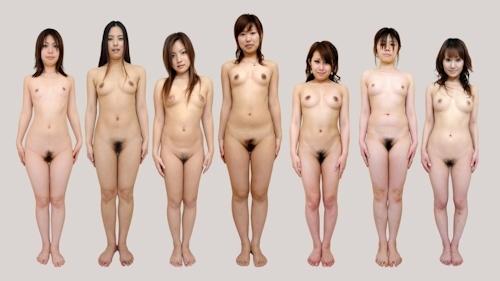 日本人女性が全裸で並んでいるヌード画像 3