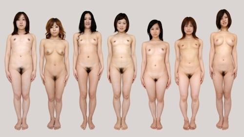 日本人女性が全裸で並んでいるヌード画像 4