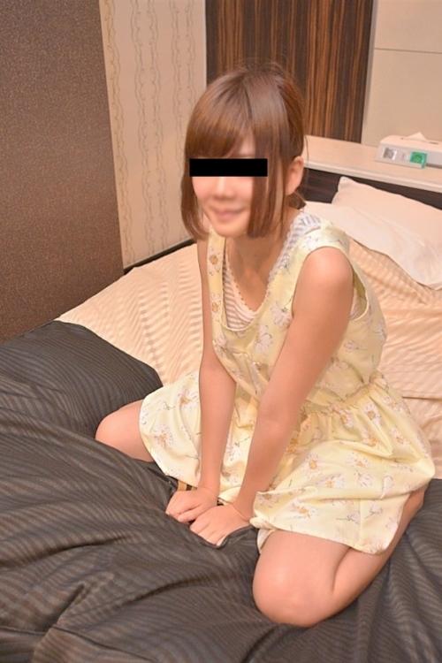 美微乳な茶髪素人美女のハメ撮りセックス画像 2
