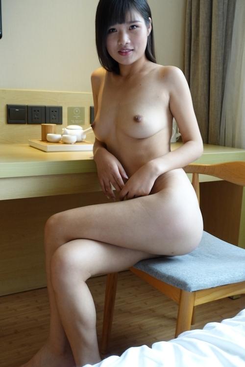 中国美少女モデル 萌萌(MengMeng) セクシーヌード画像 3