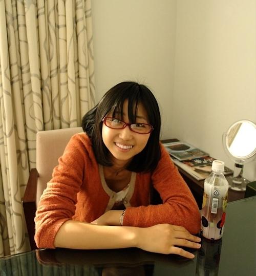地味なメガネ美少女のハメ撮り画像 3