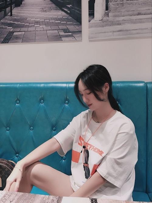 モデル系美女とホテルに行ったらデカ乳輪のどエロおっぱいだった画像 2