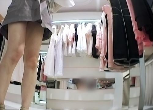 アパレルショップの美人店員のスカート内盗撮パンティ画像2 5