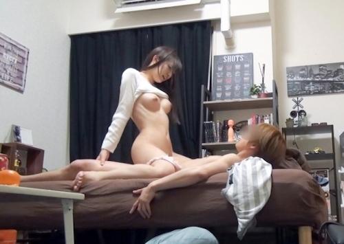 自動車メーカー事務員の美乳な素人美少女のナンパ連れ込みセックス画像 7