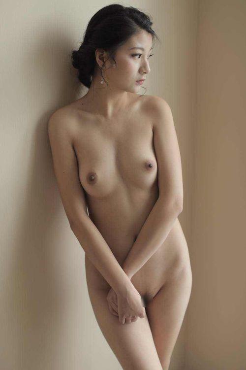 中国美女モデルのヌードを個人撮影した後ハメ撮りしてる画像 22