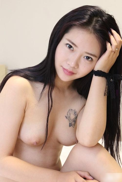 中国美女モデル 鳳林(露露) セクシーヌード画像 16