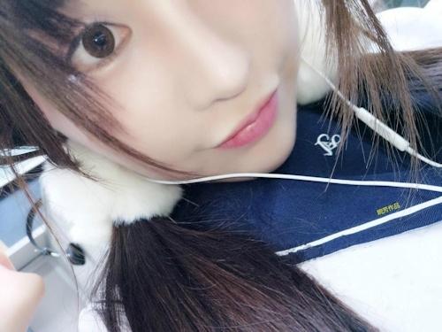 JK制服パイパン美少女の自分撮りマ○コ画像 1