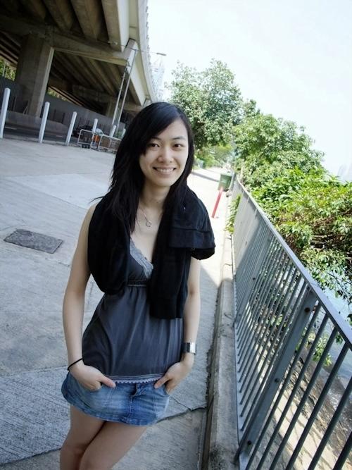 香港の美微乳素人美女のプライベートヌード流出画像 1