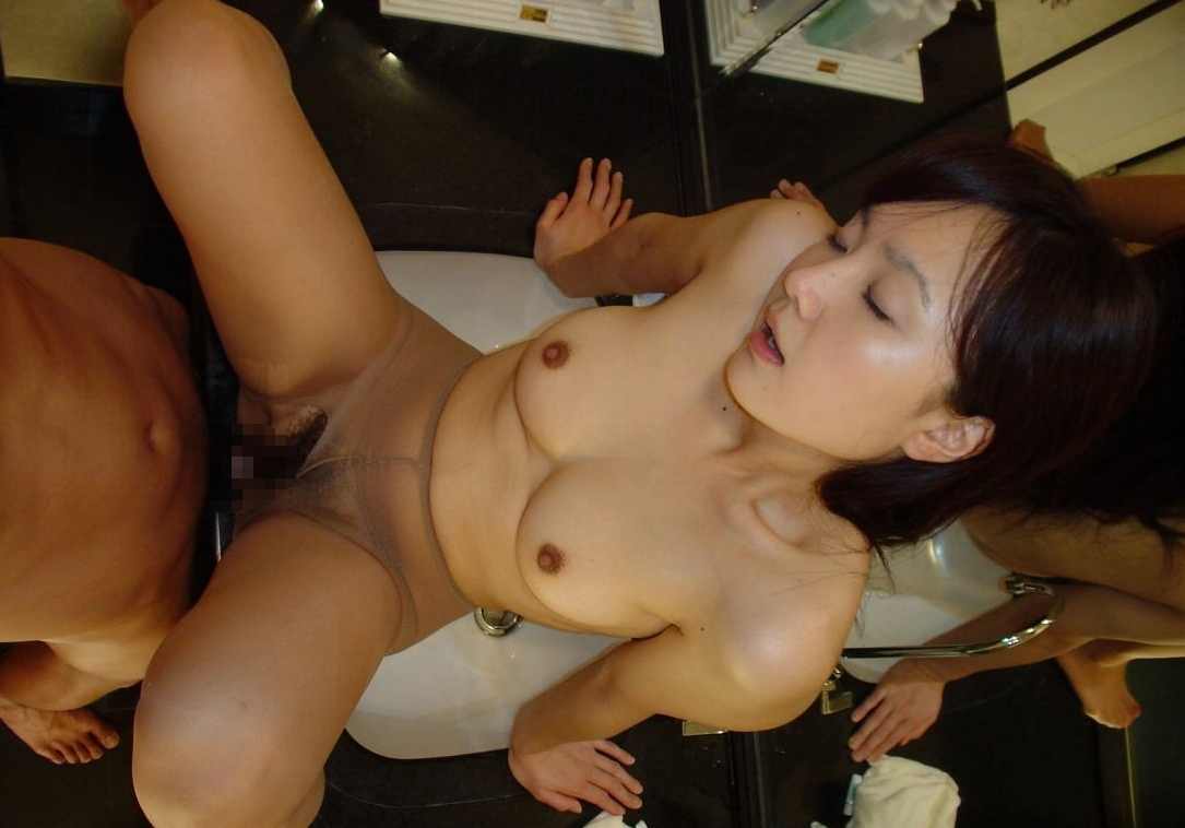 童顔巨乳な20歳素人美女のハメ撮りセックス画像 15