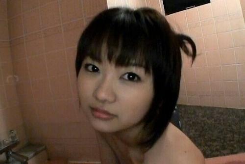 素人美女の入浴ヌード画像 3