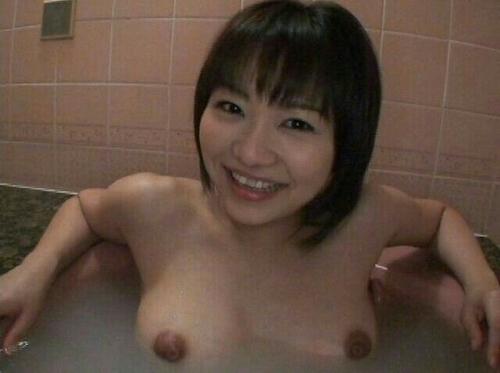 素人美女の入浴ヌード画像 10