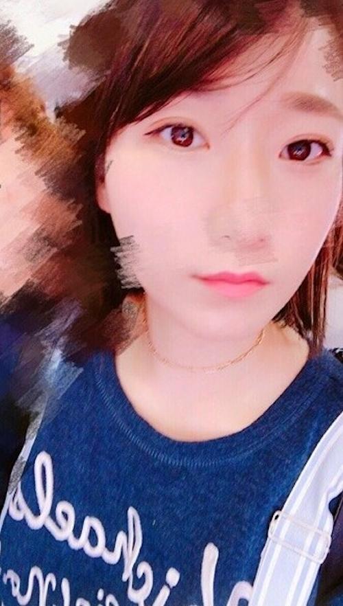 中国の25歳素人美女の自分撮りヌード画像 2