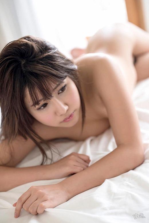 青山希愛 画像 12