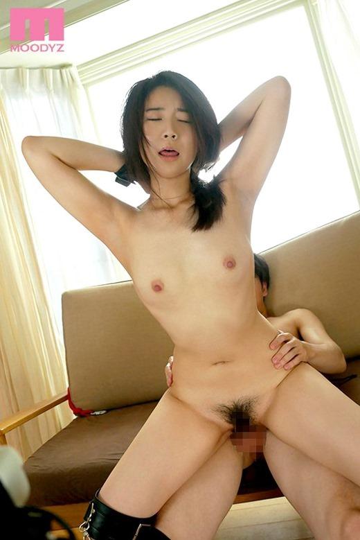 あゆみ莉花 画像 08