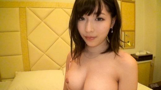 望月玲奈 Eカップ美巨乳美少女とハメ撮りセックス画像