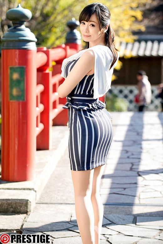 人気の人妻熟女動画 03