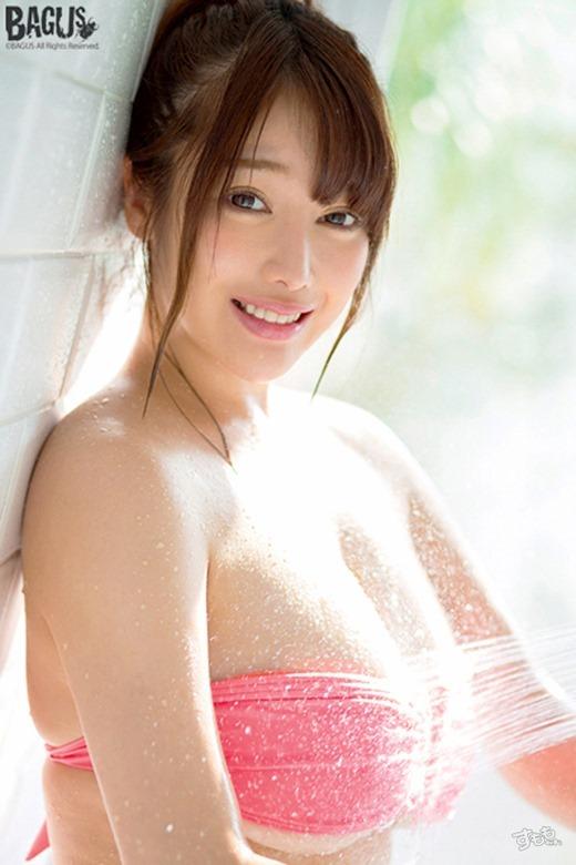 益坂美亜 画像 18