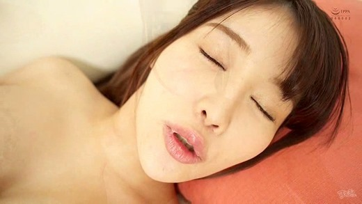 益坂美亜 画像 31