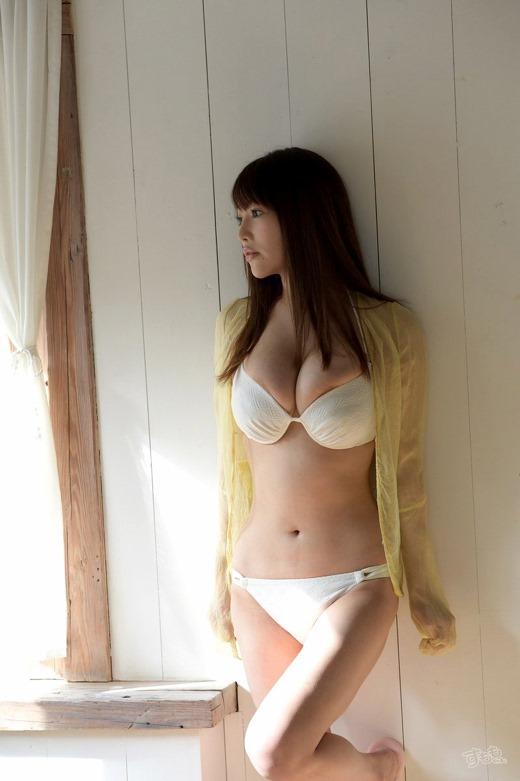益坂美亜 画像 55