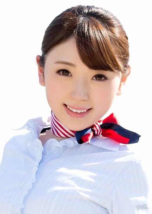 成田もえ 性欲強めのドスケベパイパンお姉さん画像