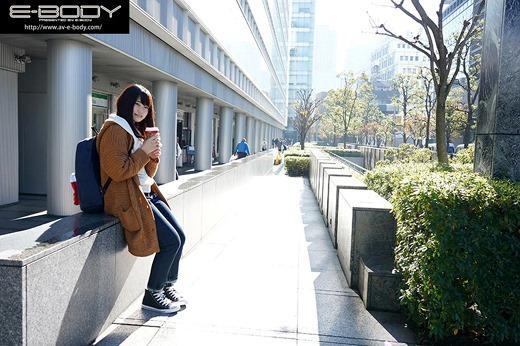 須崎まどか 画像 06