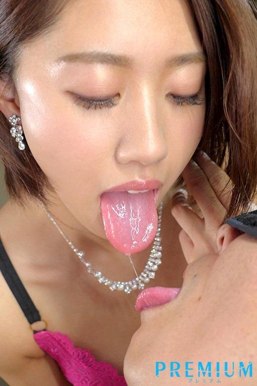 竹内有紀 ネットリ濃密なキスとセックス画像