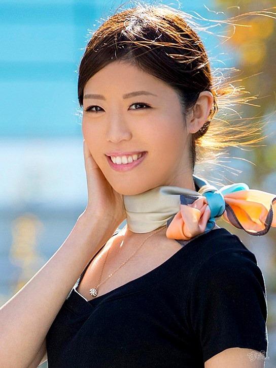 滝川菜々美 ドすけべ細身なモデルキャビンアテンダント写真