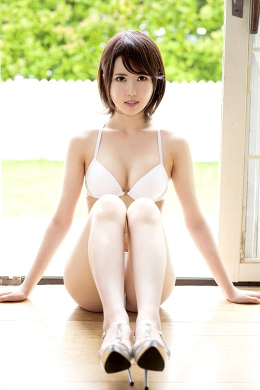 山口葉瑠 画像 03