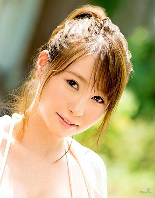 YURI 画像 02