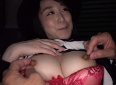 AV男優がセフレの熟女美容師に頼んでセックス動画無料出演してもらいハメ撮りするHな投稿