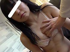 【無】アイドル級にカワイイ18歳萌えカワ娘が首輪拘束されてパイパンマムコに生ハメ中出し♪