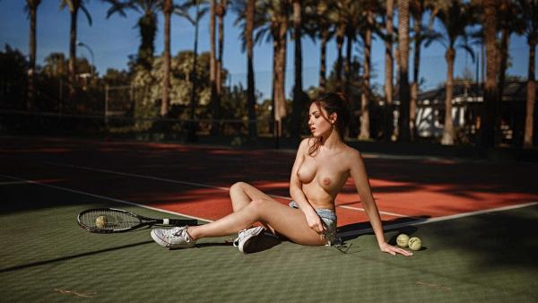 Delaia-Gonzalez-Nude (1)