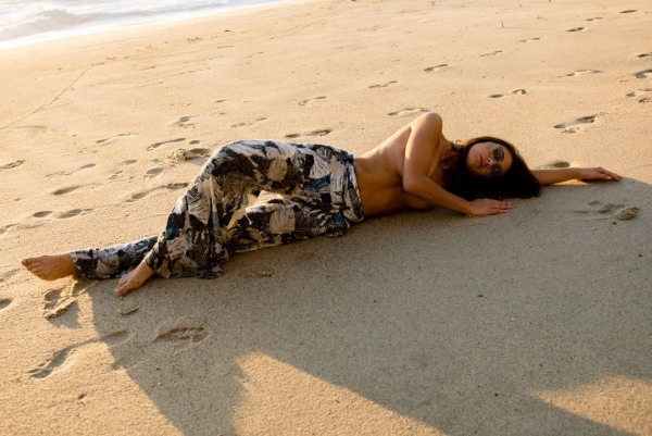 Sheridan-Rhode-Nude-Sexy (5)
