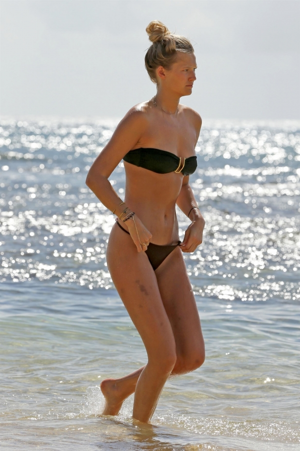 Toni-Garrn-hawaii (6)