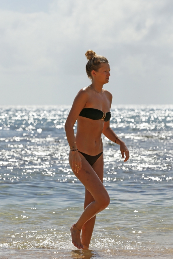 Toni-Garrn-hawaii (13)