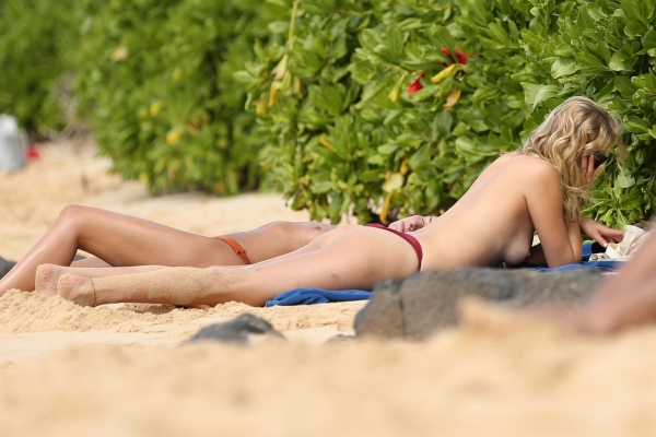 Toni-Garrn-hawaii (11)