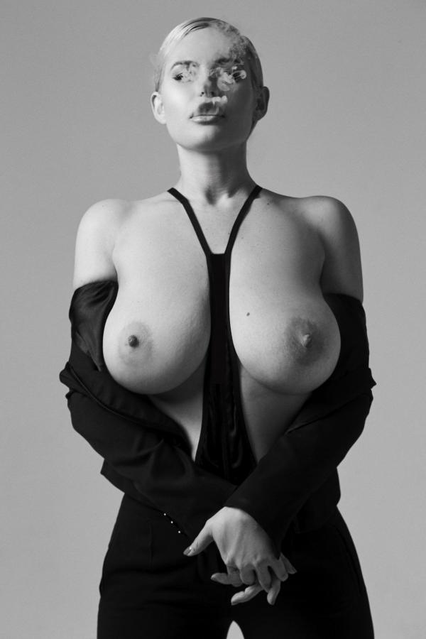 Gia Genevieve33
