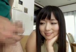 【痴女】彼女のお姉さんに脅迫されて… 強制センズリ&乳首責め手コキ!麻倉憂