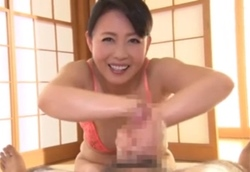回春マッサージ旅館 美熟女将のスローハンドオイル極上手コキに大量射精!三浦恵理子2