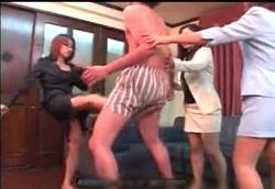 【M男】カンニング生徒にお仕置き金蹴り拷問!